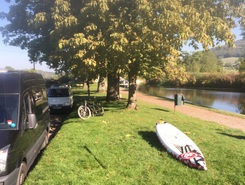 Bathampton George Inn paddle board spot in United Kingdom