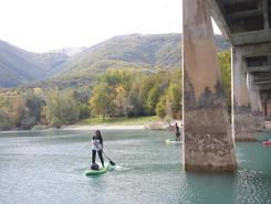Fiastra sitio de stand up paddle / paddle surf en Italia