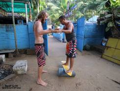 Surfing Yogis sitio de stand up paddle / paddle surf en India