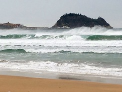 Zarautz sitio de stand up paddle / paddle surf en España