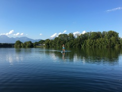 """Lake"" Trboje on Sava river spot de SUP em Eslovênia"