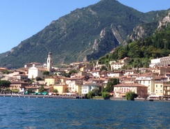 Limone paddle board spot in Italy