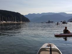 Deep Cove sitio de stand up paddle / paddle surf en Canadá