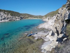 Cala Lunga paddle board spot in Italy