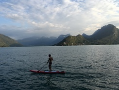 talloires sitio de stand up paddle / paddle surf en Francia