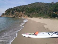 CALA VIOLINA sitio de stand up paddle / paddle surf en Italia
