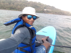 Hollant beach paddle board spot in India