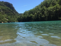 Esparron de Verdon sitio de stand up paddle / paddle surf en Francia