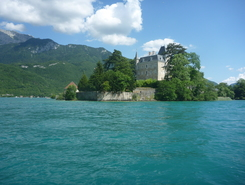 Duingt lac d Annecy  paddle board spot in France