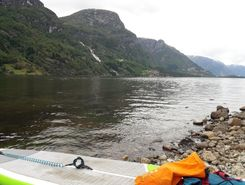 sandvinsvatnet paddle board spot in Norway