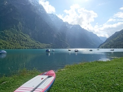 Klöntalersee spot de stand up paddle en Suisse