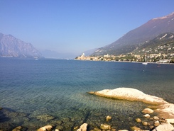 Malcesine sitio de stand up paddle / paddle surf en Italia