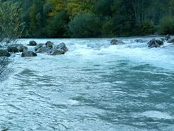 Isar paddle board spot in Germany