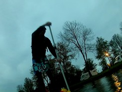 Dokkum city spot de stand up paddle en Pays-Bas