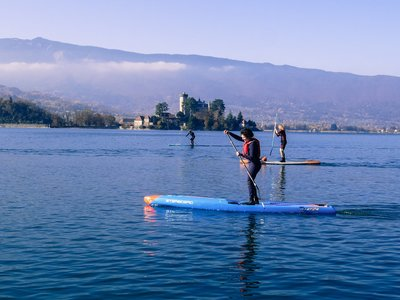 Port talloire sitio de stand up paddle / paddle surf en Francia