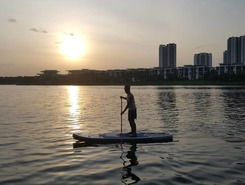 Putrajaya Lake sitio de stand up paddle / paddle surf en Malasia