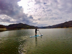 Lago di Salto paddle board spot in Italy