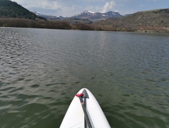 Lac de chambon.  spot de stand up paddle en France